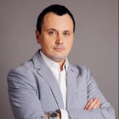 Bogdan Aron Picture